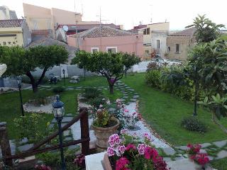L'Antico Borgo - Milazzo vacation rentals