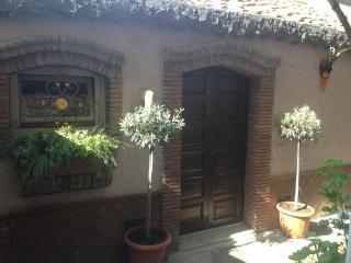 Romantic 1 bedroom House in Motta Camastra - Motta Camastra vacation rentals