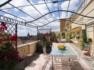 Cozy 2 bedroom Penthouse in Viterbo - Viterbo vacation rentals