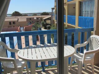 studio  cabine pour 4 à 30m de la plage - Gruissan vacation rentals