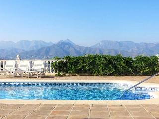 Beautiful 3 bedroom Frigiliana Villa with Private Outdoor Pool - Frigiliana vacation rentals