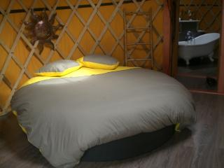 1 bedroom Bed and Breakfast with Internet Access in Pau - Pau vacation rentals