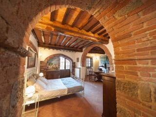 Casale Rosennano Tinaia - Castelnuovo Berardenga vacation rentals