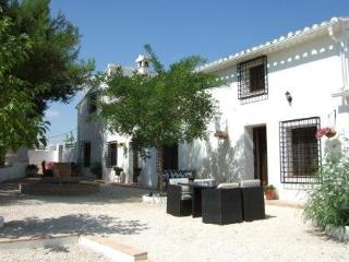 4 bedroom Finca with Internet Access in Caravaca de la Cruz - Caravaca de la Cruz vacation rentals