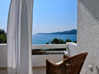 Romantic Condo with A/C and Central Heating - Sibenik vacation rentals