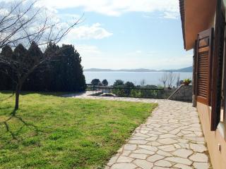 Spacious 5 bedroom Villa in Ammouliani - Ammouliani vacation rentals