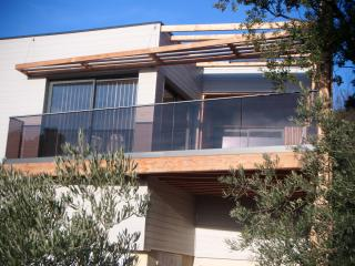 Cozy 2 bedroom Salon-de-Provence Condo with Internet Access - Salon-de-Provence vacation rentals
