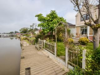 3 bedroom Cottage with Garage in Reedham - Reedham vacation rentals