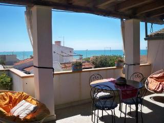 Scoglitti Casa vacanze Baia Dorica - Scoglitti vacation rentals