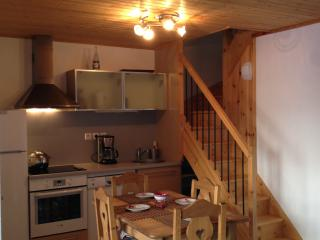 Nice Condo with Television and Balcony - Vallouise vacation rentals
