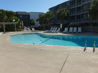 Great location steps away from the sand! Pelicans Landing Myrtle Beach SC#127 - Myrtle Beach vacation rentals