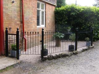 Romantic 1 bedroom Cottage in Nottingham - Nottingham vacation rentals