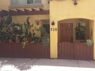 Pacific Beach (San Diego) Townhome steps to the sand and beach - San Diego vacation rentals