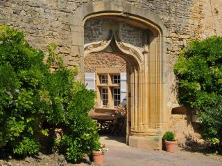 3 bedroom Chateau with Internet Access in Autun - Autun vacation rentals