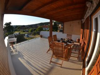 Stylish & Full Equipped Flat - Quiet Center ! - Jelsa vacation rentals