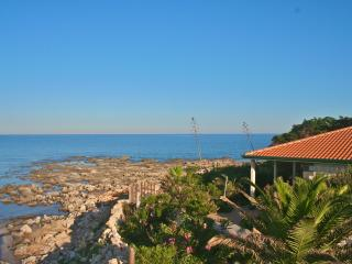 Nice House with Deck and Satellite Or Cable TV - Portopalo di Capo Passero vacation rentals