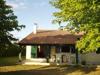 Agréable maison à Sainte Hélène dans le Médoc - Sainte-Helene vacation rentals
