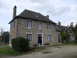 Les Hautes Loignieres House - Mayenne vacation rentals
