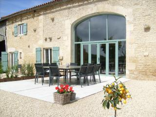 Bed & Breakfast: La Grange de Gournay - Gournay-Loize vacation rentals