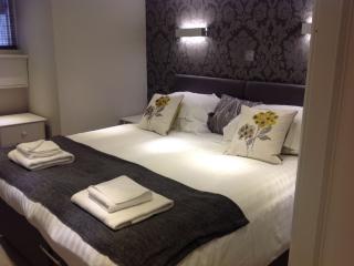 Garden Mews Harrogate - Harrogate vacation rentals