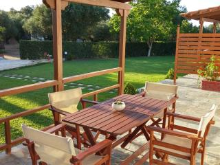 Beautiful 2 bedroom Apartment in Tragaki with Internet Access - Tragaki vacation rentals