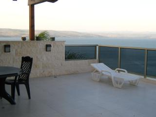 4 bedroom Apartment with Internet Access in Tiberias - Tiberias vacation rentals