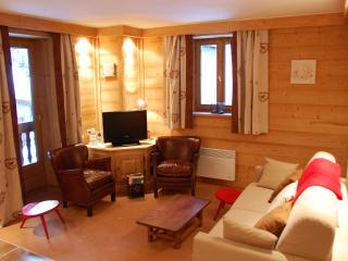 appartement au vieux village à côté de l'église - Val-d'Isère vacation rentals