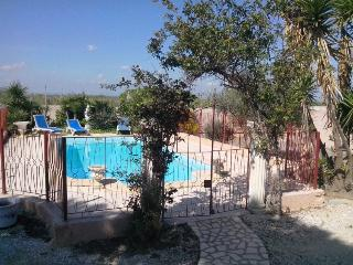 4 bedroom Villa with Internet Access in Coursan - Coursan vacation rentals