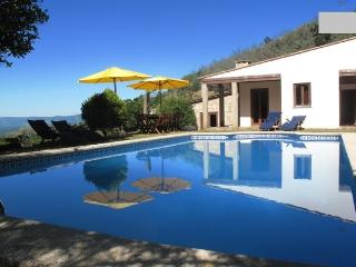 Relaxing in a peaceful environment. - Valença vacation rentals