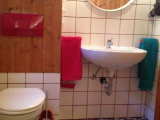 Wohnen auf Zeit - AutoHinzHome - Albstadt vacation rentals