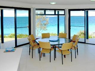 4 bedroom House with Television in Jervis Bay - Jervis Bay vacation rentals