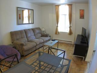 The Violet - 2 Beds, 1 Bath - Montreal vacation rentals
