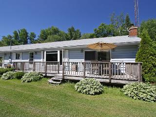 Bright Cottage with Deck and Internet Access - Rama vacation rentals