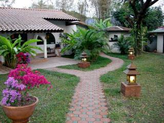 Bougainvillea Bungalow - Chiang Mai vacation rentals