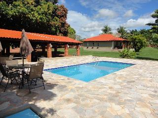 4 bedroom Cottage with Internet Access in Olimpia - Olimpia vacation rentals