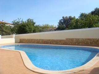 Nice 2 bedroom Condo in Ferreiras - Ferreiras vacation rentals