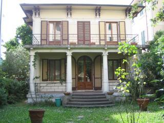 Intera villa a Montecatini Terme - Montecatini Terme vacation rentals