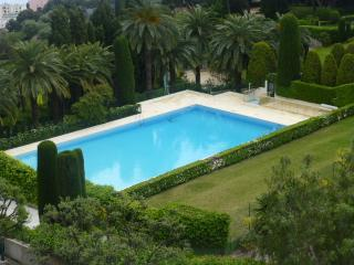 Apartment residence with pool and tennis court - Roquebrune-Cap-Martin vacation rentals