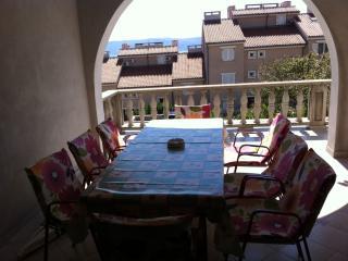 Perfect Condo with Television and Microwave - Novi Vinodolski vacation rentals