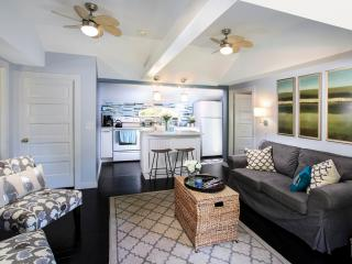 Sea Glass Cottage-Waterview & Pet Friendly*Linens* - Dennis vacation rentals