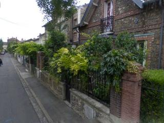Nice Townhouse with Internet Access and Wireless Internet - Noisy-le-Sec vacation rentals