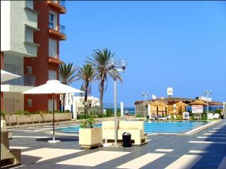Seafront Charm Luxury Pool close Golf & shopping - Sousse vacation rentals