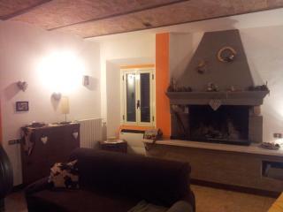 Deliziosa dimora d'epoca nel centro storico - Caramanico Terme vacation rentals
