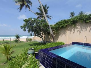 Villa Saldana - Galle - Habaraduwa vacation rentals