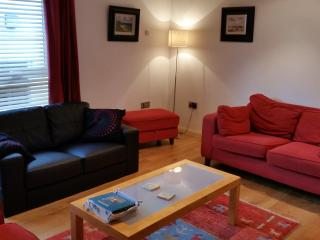 Comfortable 3 bedroom Apartment in Ballycastle with Satellite Or Cable TV - Ballycastle vacation rentals