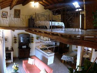 Nice Farmhouse Barn with Television and Central Heating - Civita Castellana vacation rentals