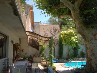 Bright 4 bedroom House in Barbentane - Barbentane vacation rentals