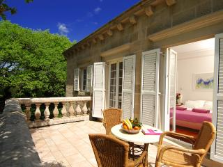 Villa Tereza - feel of nobility - Cilipi vacation rentals