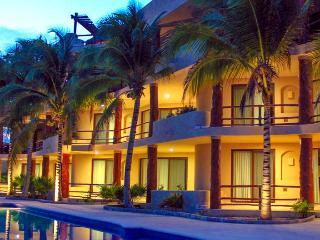Mahahual pool level Condo #301 great location - Majahual vacation rentals