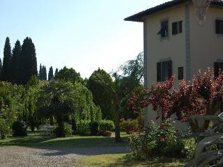 Fattoria Collebrunacchi App. Poggio Ciliegi - San Miniato vacation rentals